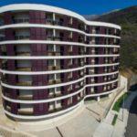 Комфортабельные апартаменты с террасой и видом на море
